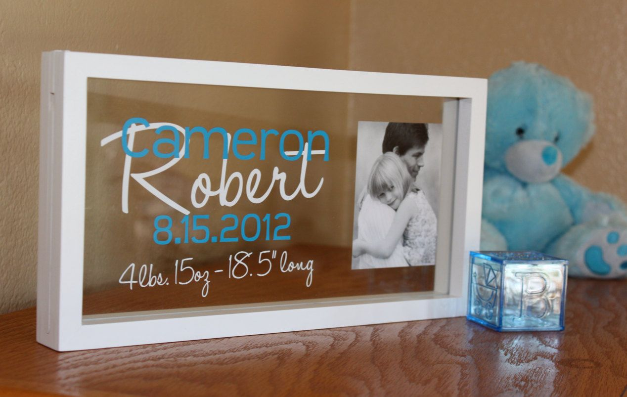 Personalized baby photo name frame - Cricut, SCAL and vinyl ...