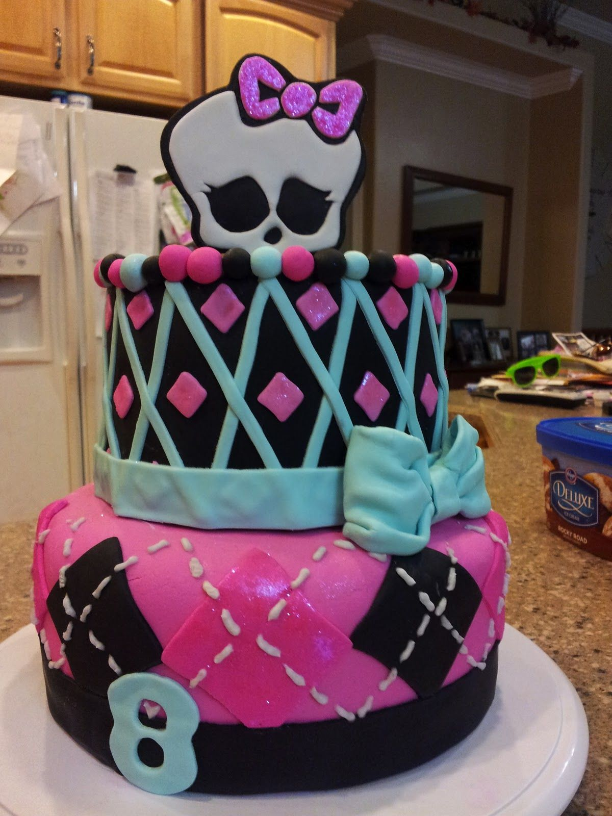 Fantastic Monster High Cake 2 Tier Monster High Birthday Cake Monster Personalised Birthday Cards Veneteletsinfo