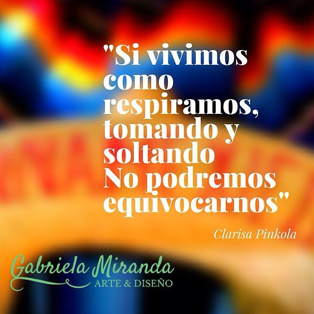 Libro recomendado de la semana: Mujeres que corren con los lobos por Clarisa Pinkola Estés. Feliz  inicio de semana para todos !  #coor #primavera #obsidiana #mexico #mujer #fuerza #arte #buenosaires #ar #mexicoinspired