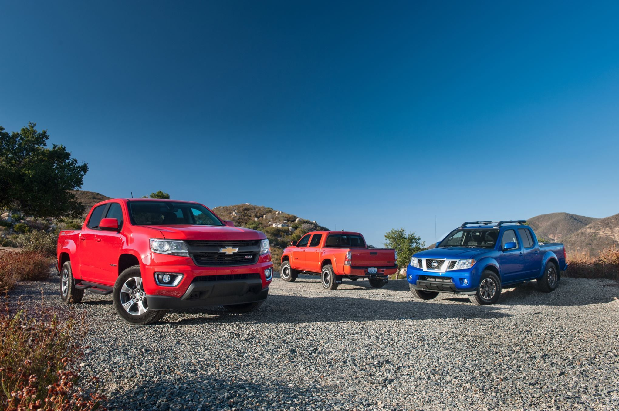 parison Chevrolet Colorado vs Nissan Frontier vs Toyota Ta a