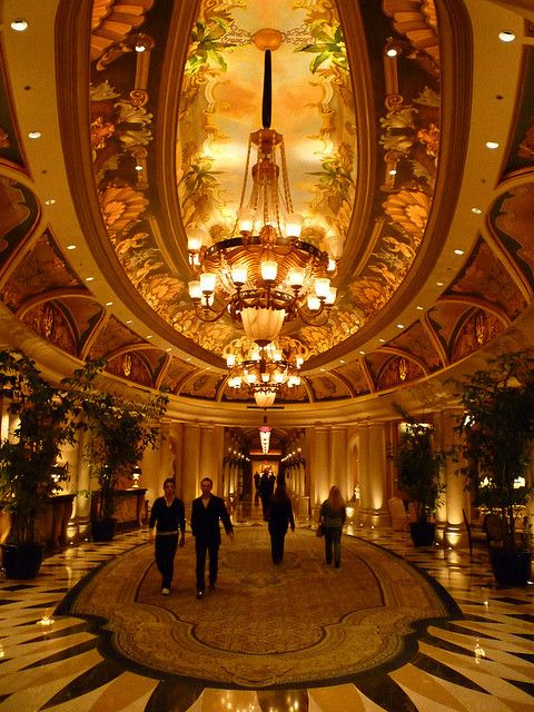 me and my friend Danielle just adored staying here on my last girls trip.....ahhhhh   Guest Lobby of the Venetian Resort, Las Vegas, NV.