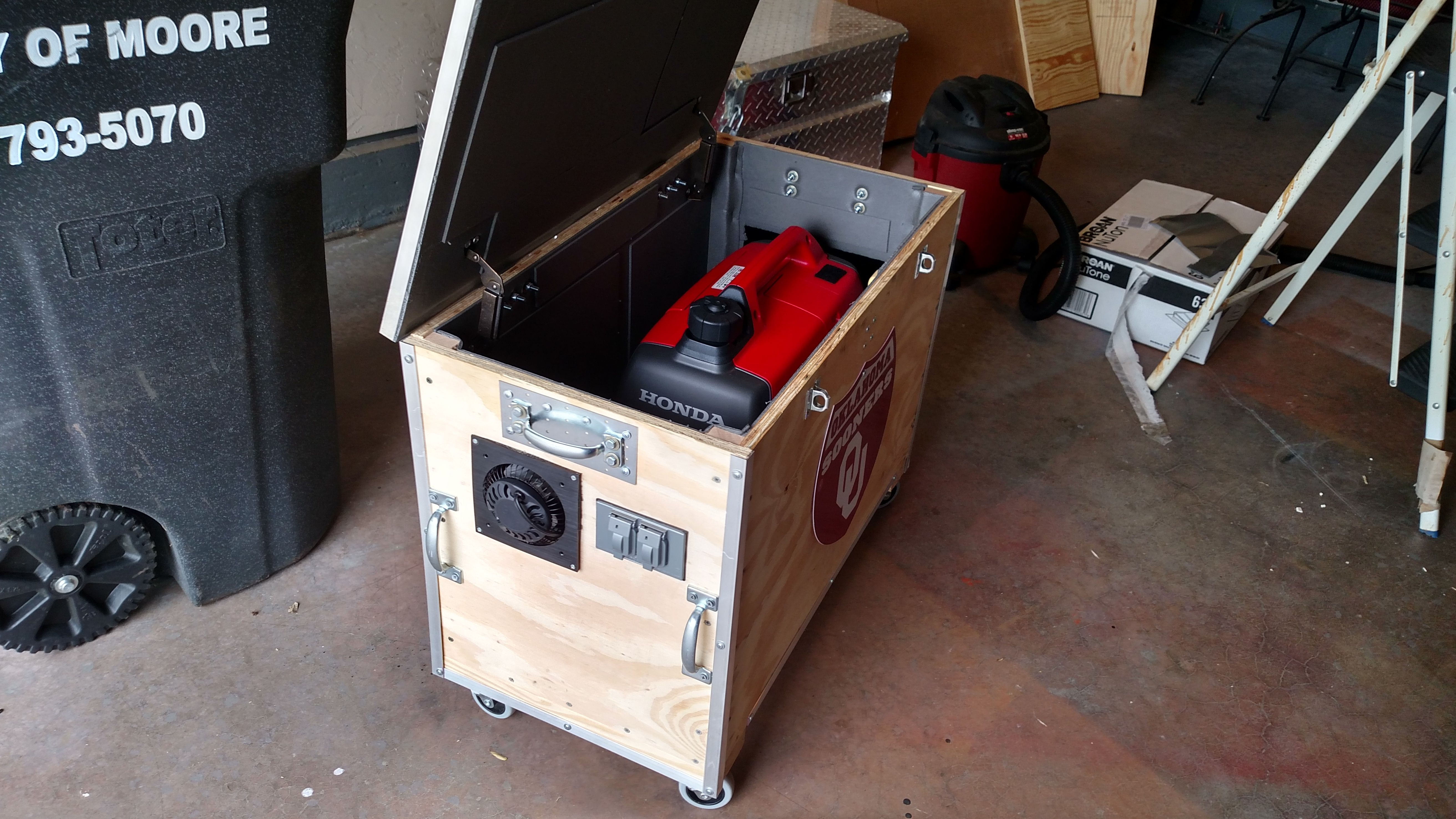 Pin by ChrisDIYerOklahoma on DIY electronics | Generator box