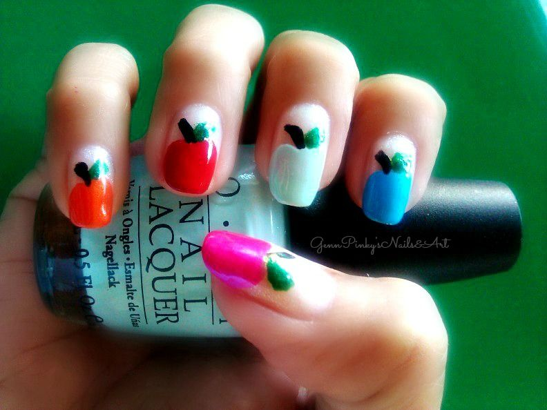 Apples... I love Apples! This is one of my fav. designs that I created! :)