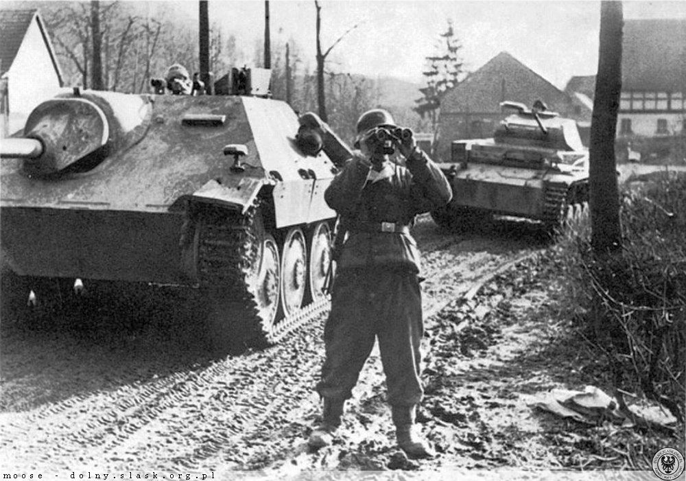 """Hetzer Panzer and a Panzer II - of Waffen SS """" Nord """" division - Finland"""