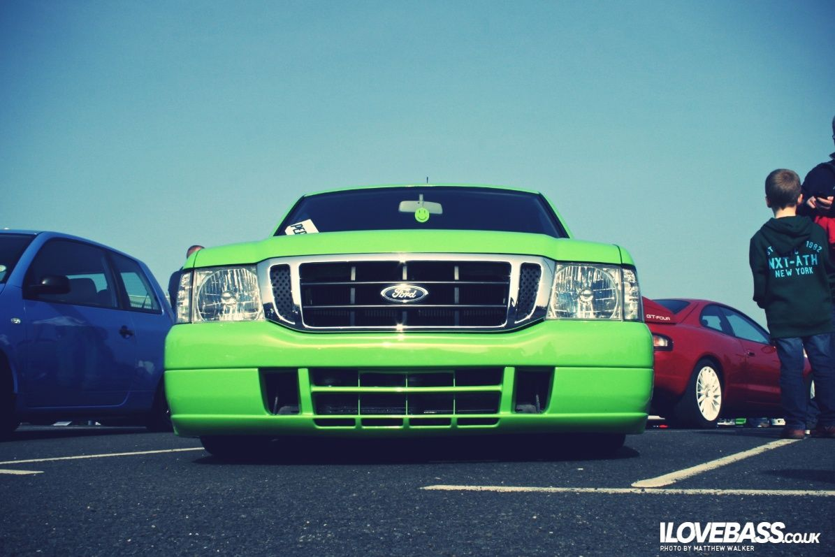 Picture from the Ultimate Car Show, Larne, from ILoveBass.com ...