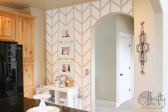 top 25 ideas about painted or stencilled accent wall design on pinterest painted walls hollywood regency bedroom and stencils