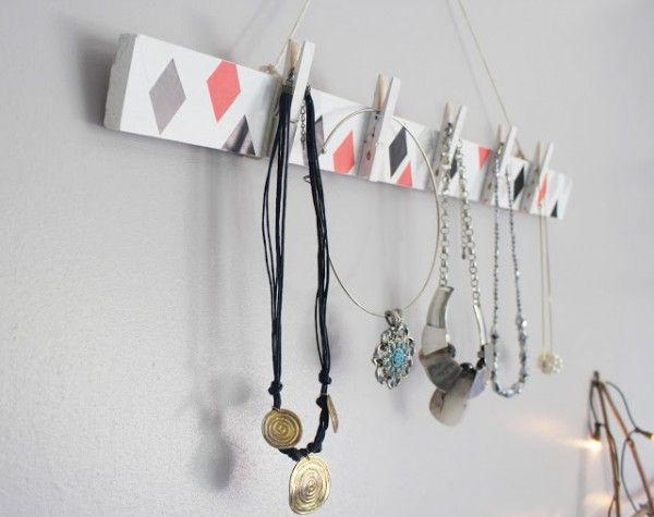 rangement bijoux 50 id es pour ranger vos bijoux bijou diy faire soi meme et rangement bijoux. Black Bedroom Furniture Sets. Home Design Ideas