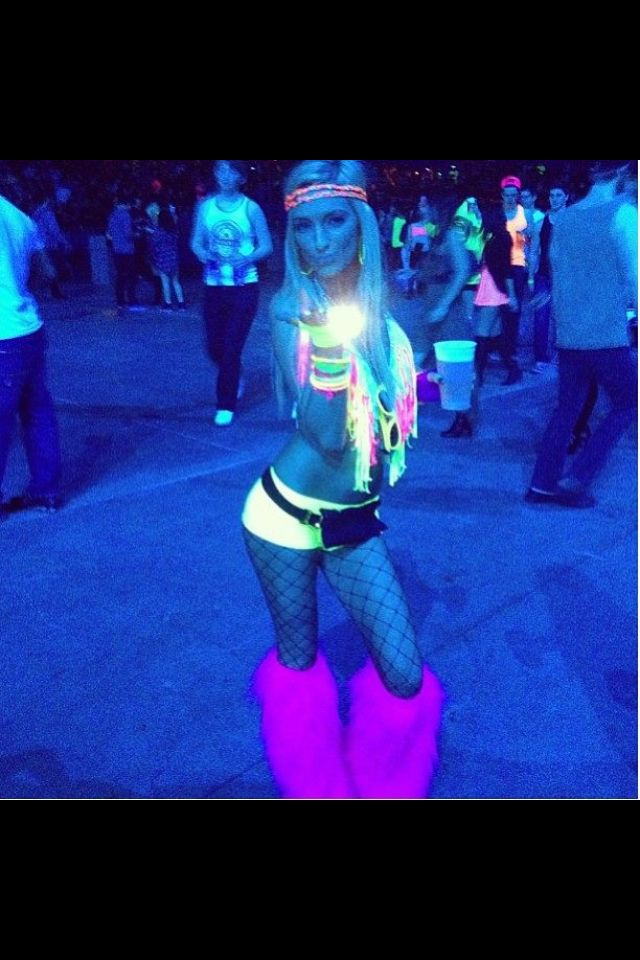 An awesome #blacklight #rave outfit! | Black Light Apparel ...