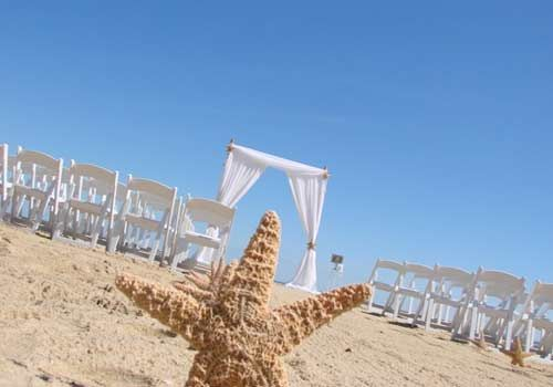 I Do OBX Chairs - Our business philosophy is making your event special, memorable and what you envisioned. You don't have to worry about a thing!
