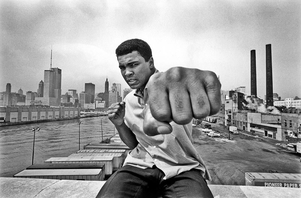Muhammad Ali overlooking the Chicago River and the city's skyline, 1966. Thomas Hoepker / Magnum Photos