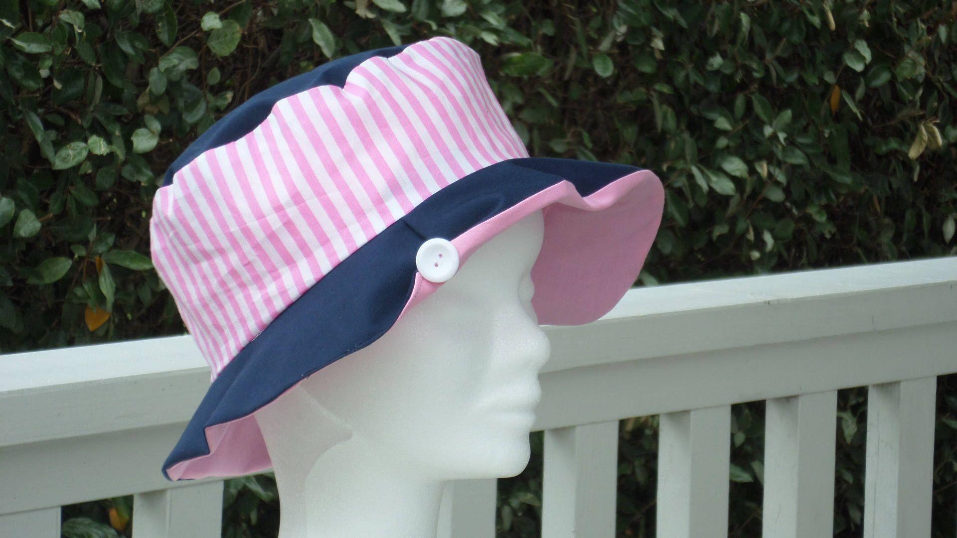 b4f69150c26a chapeau de soleil enfant femme rose et bleu marine créateur lin eva de la  boutique LinevaCreations sur Etsy