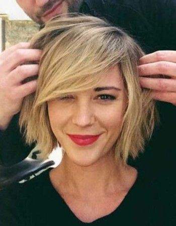 Must See Bob Hairstyles With Side Bangs Round Face Haircuts Medium
