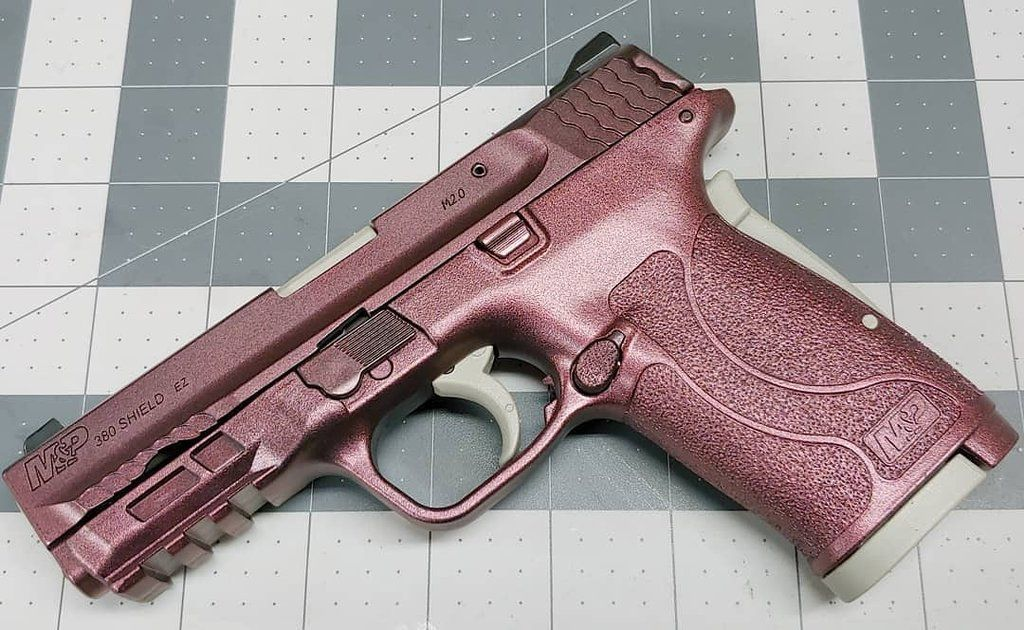so pretty | Pretty guns, Pink guns, Guns