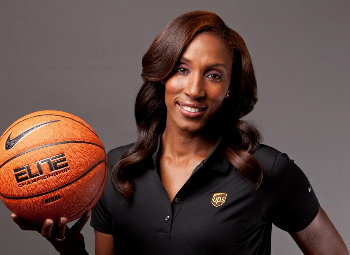 Lisa Leslie The 6 5 Former American Professional Women S