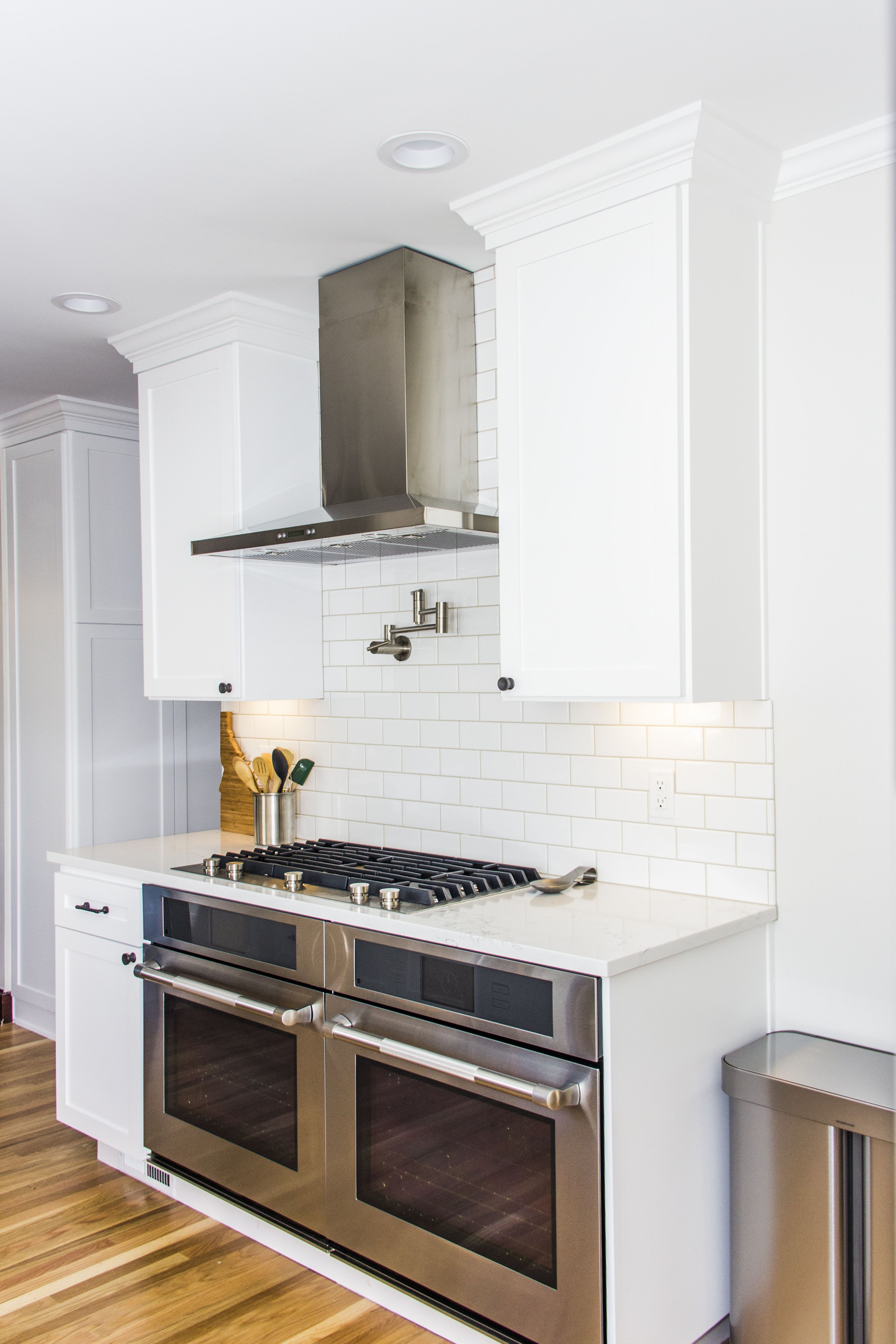 Best Pure White Kitchen With Pental Quartz Countertops And 400 x 300