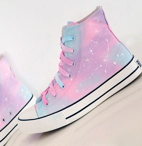 Personalizzato Galaxy Converse All Stars di junlijunli su Etsy
