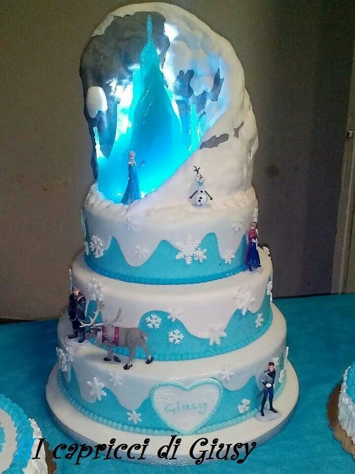 Gateau Reine Des Neiges Chateau Princesse Pinterest