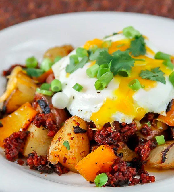 Breakfast Hash With Chorizo and Eggs 21 Breakfast Recipes Guaranteed To Get You Up Before Noon #chorizobreakfastrecipes