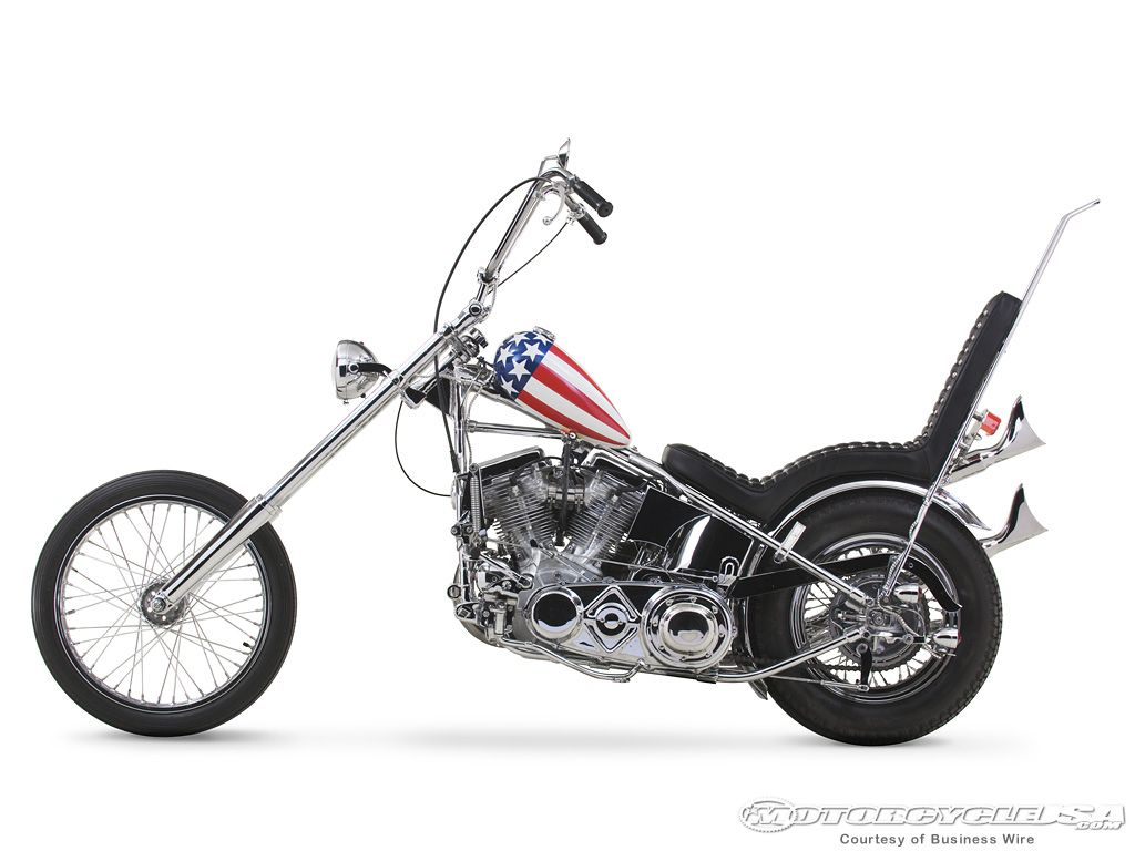 captain america motorcycle harley davidson showcases. Black Bedroom Furniture Sets. Home Design Ideas