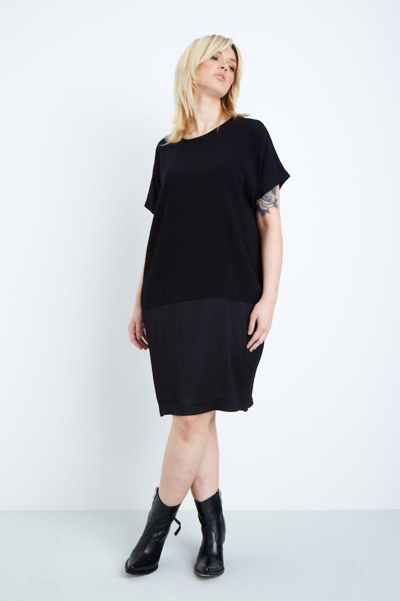 universal standard avenir tulip dress plus size black