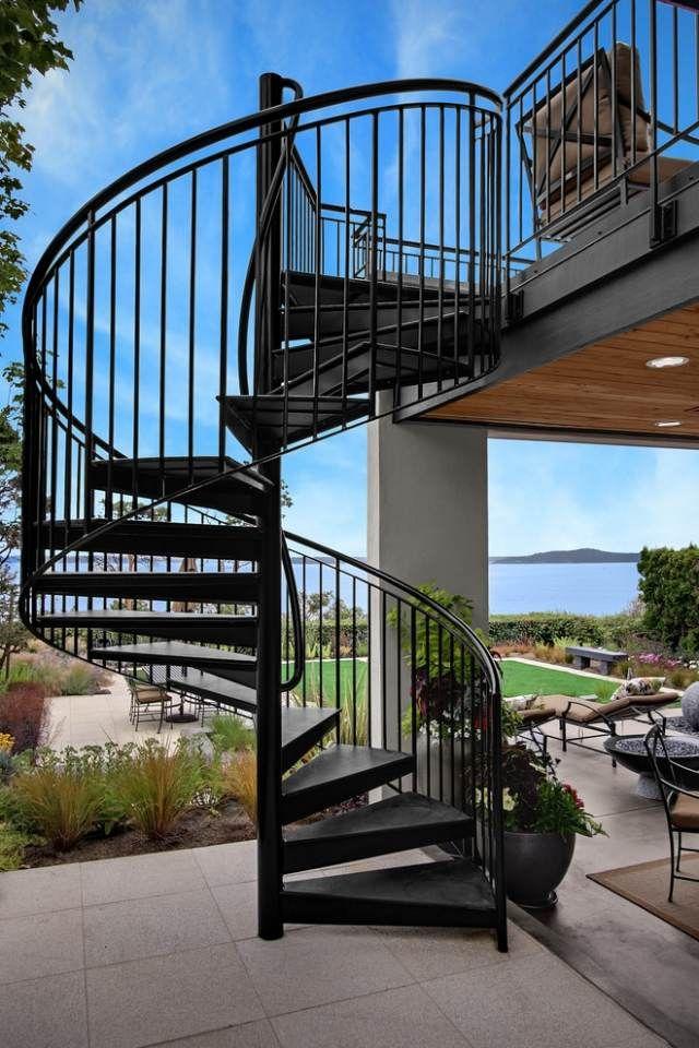 60 Idees D Escalier Colimacon Pour L Interieur Et Pour L Exterieur Escalier Exterieur Escalier En Colimacon Escalier