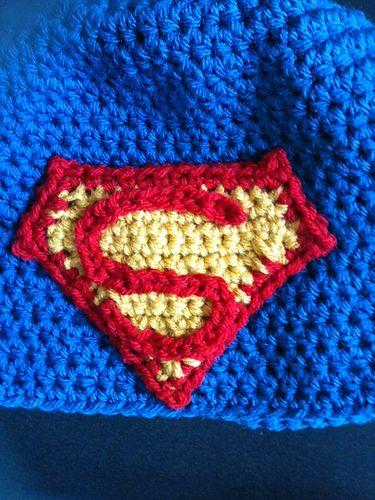 Superman applique pattern by Katie Zammit | Gorro tejido, Aplicación ...