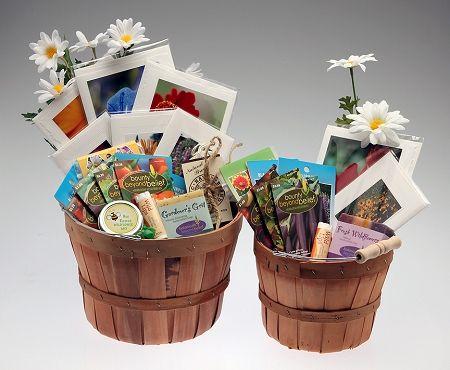 Gardening Gift Baskets Garden Gifts, What To Put In A Gardeners Gift Basket
