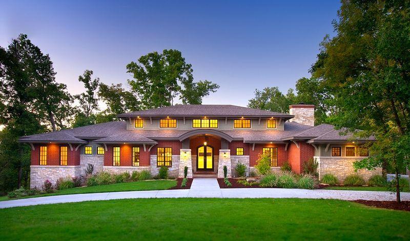 Prairie Style Homes Vs Craftsman In 2020 Prairie Style Houses Prairie Style Architecture Prairie Style