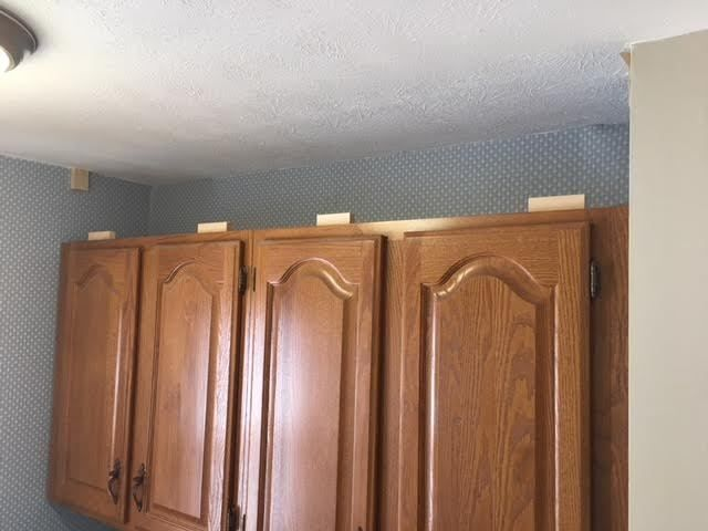 Best How To Extend Your Cabinets To The Ceiling In Under An 400 x 300