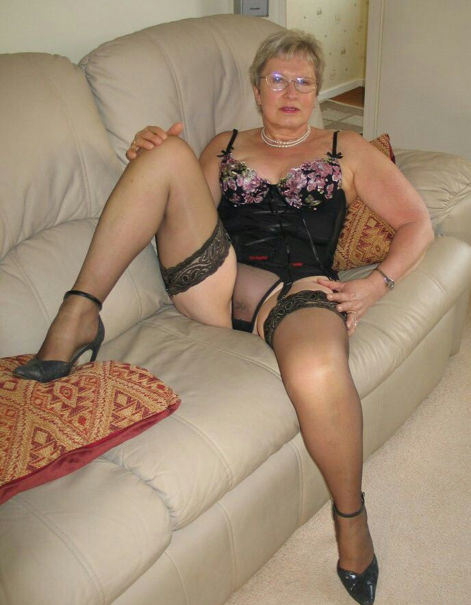 Sexy old ladies in lingerie