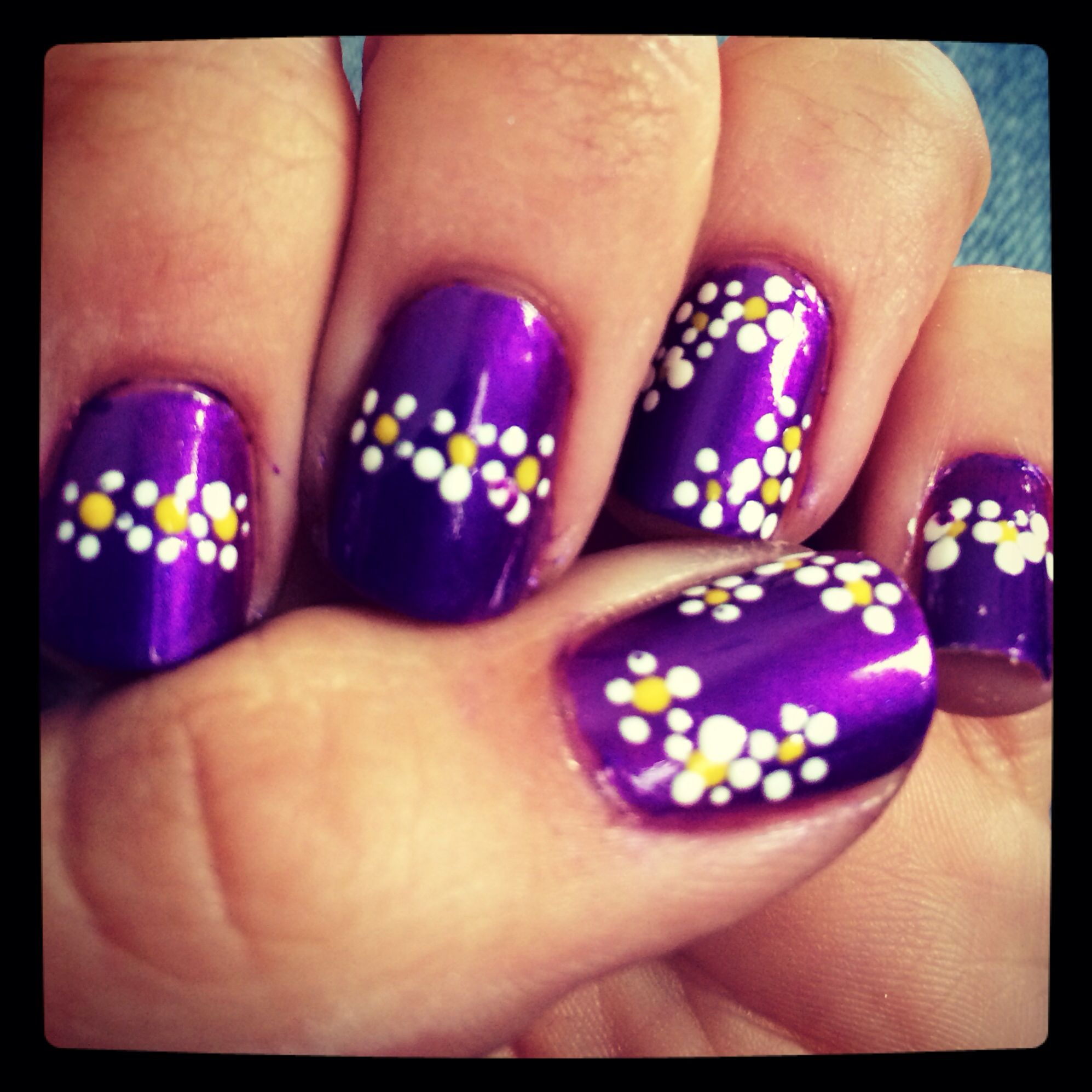 Diy purple with flower nail art manicure. Just painted my nails ...