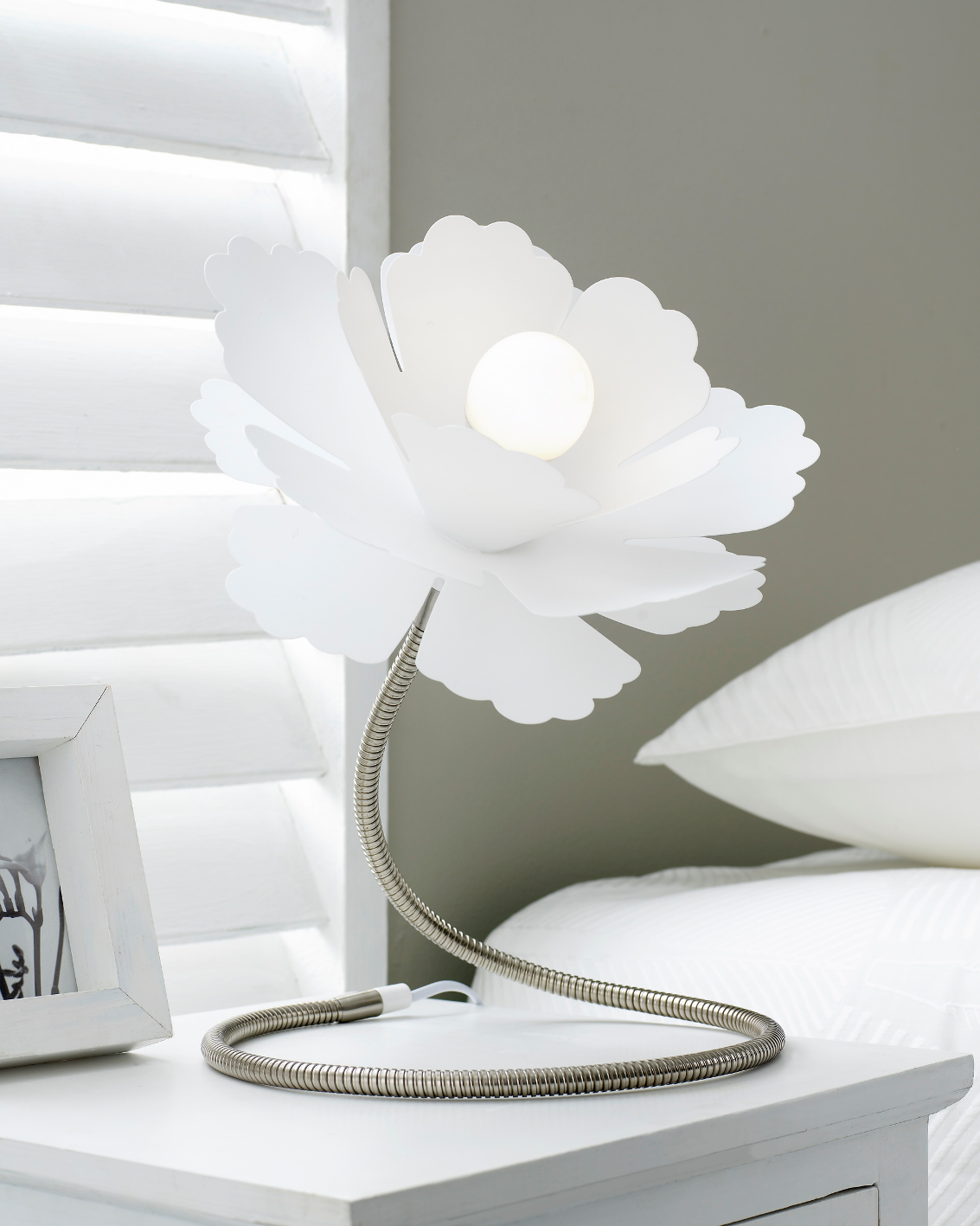 Gardenia Table Lamp White Rouge Living