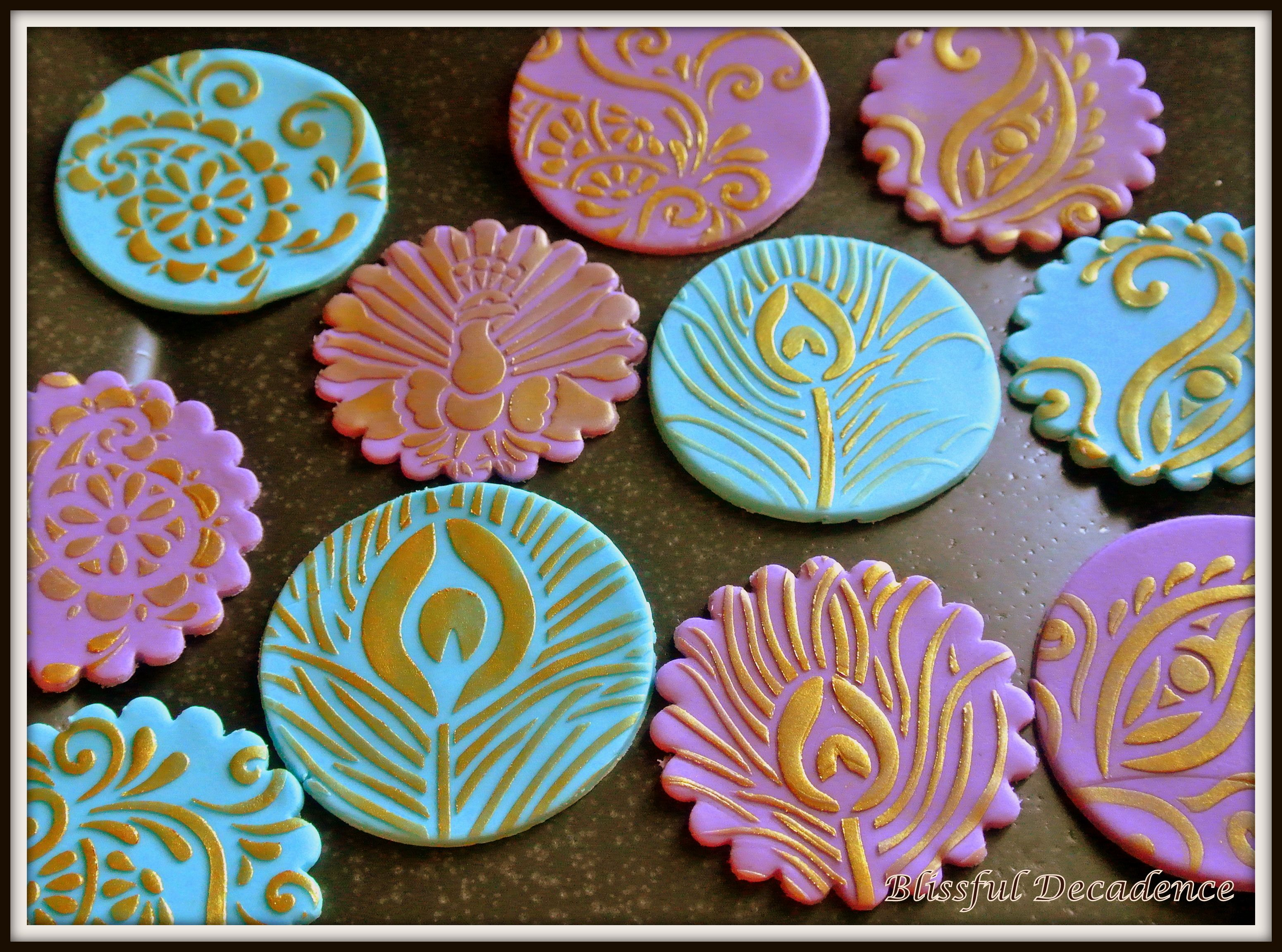Mehndi Cake Toppers : Henna and pea themed cupcake toppers
