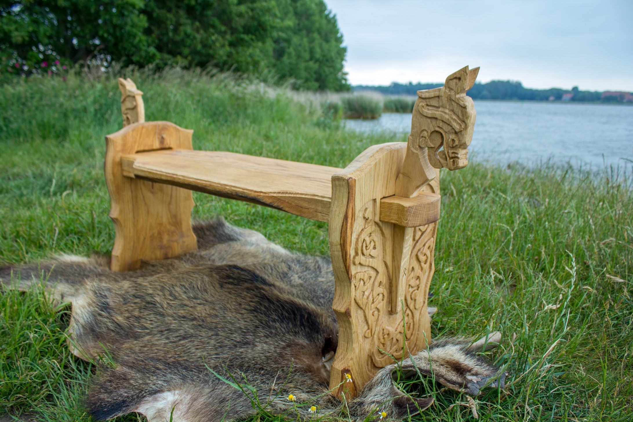 Chaise Medieval Viking Carved Bench By Quotwikinger Schnitzerei Und Möbel
