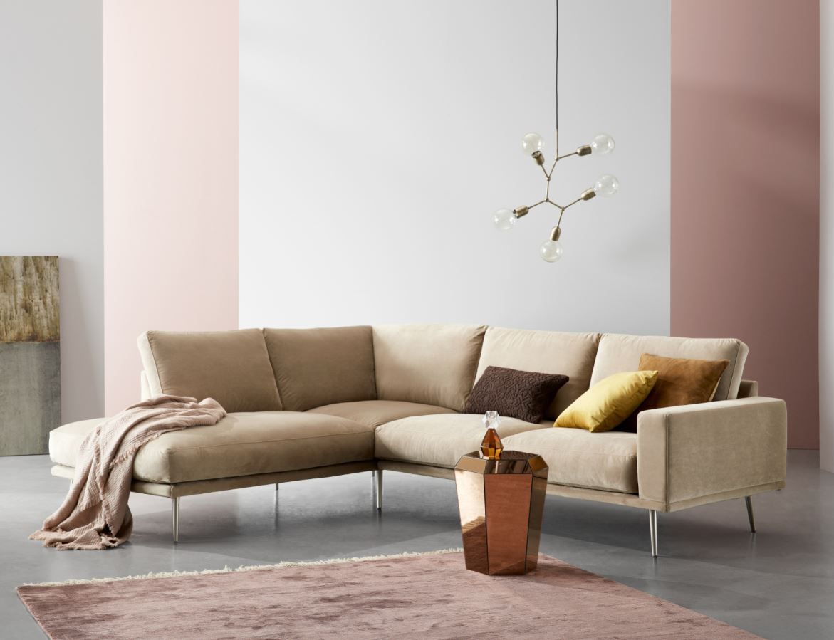 The extremely soft cushions of the Carlton sofa provide excellent seating comfort & make the sofa very comfortable.  Soft, durable & pleasing on the eye, VELVET adds an inviting look to Carlton sofa. Bringing a glow & sense of sophistication to your home.  #boconcept #interiordesign #interiors123 #interiorsforall #velvetsofa #carltonsofa #cornersofa #furniture #livingroom #danishdesign #athomewithboconceptmcr  #pinkinteriors