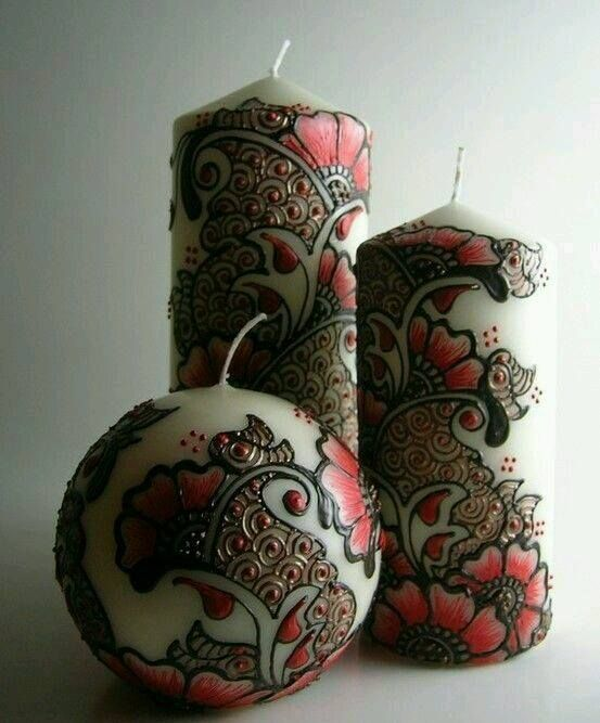 candle with henna design