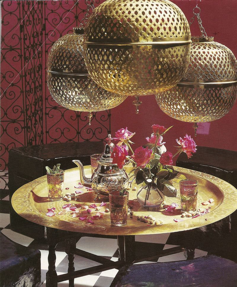 Middle Eastern Interior Design Trends And Home Decorating: So Love The Moroccan Table And Pendants
