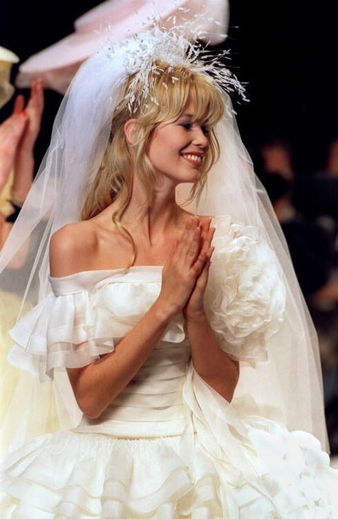 Claudia Schiffer Chanel Haute Couture S S 1995 Chanel Haute Couture Model Fashion