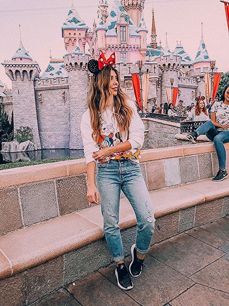 Photo of Disneyland Tips: Disneyland With Kids | The Girl in The Yellow Dress