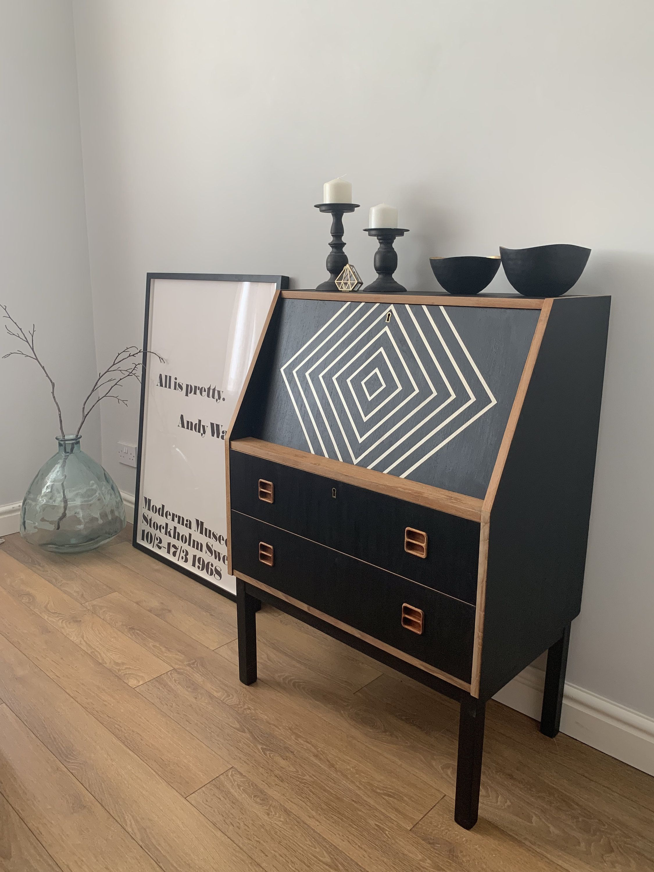Retro Mid Century Modern Bureau Writing Desk Painted Furniture Retro Bureau With Drawers Vintage Bureau In 2020 Modern Furniture Makeover Furniture Retro Furniture