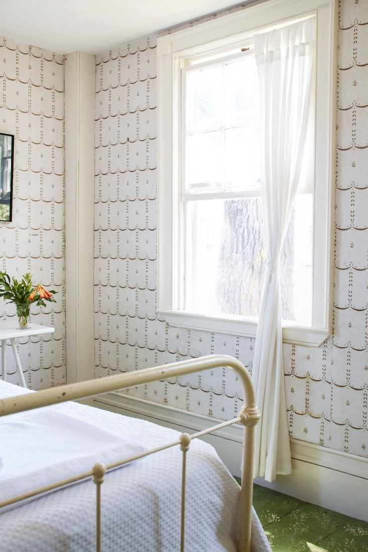 Domestic Science Tip How To Remove Water Stains From Wallpaper