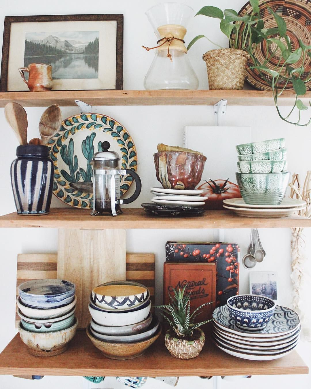 Apartment Therapy Kitchen Shelves: Pin By Kristina Gladstein On FH