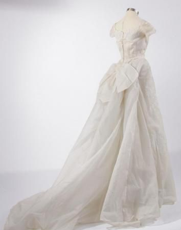 Wedding Gown, 1962 Grand Rapids Public Museum Collections ...