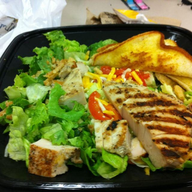 Zaxby S Grilled Chicken Salad Food Salad Grilled Chicken Salad