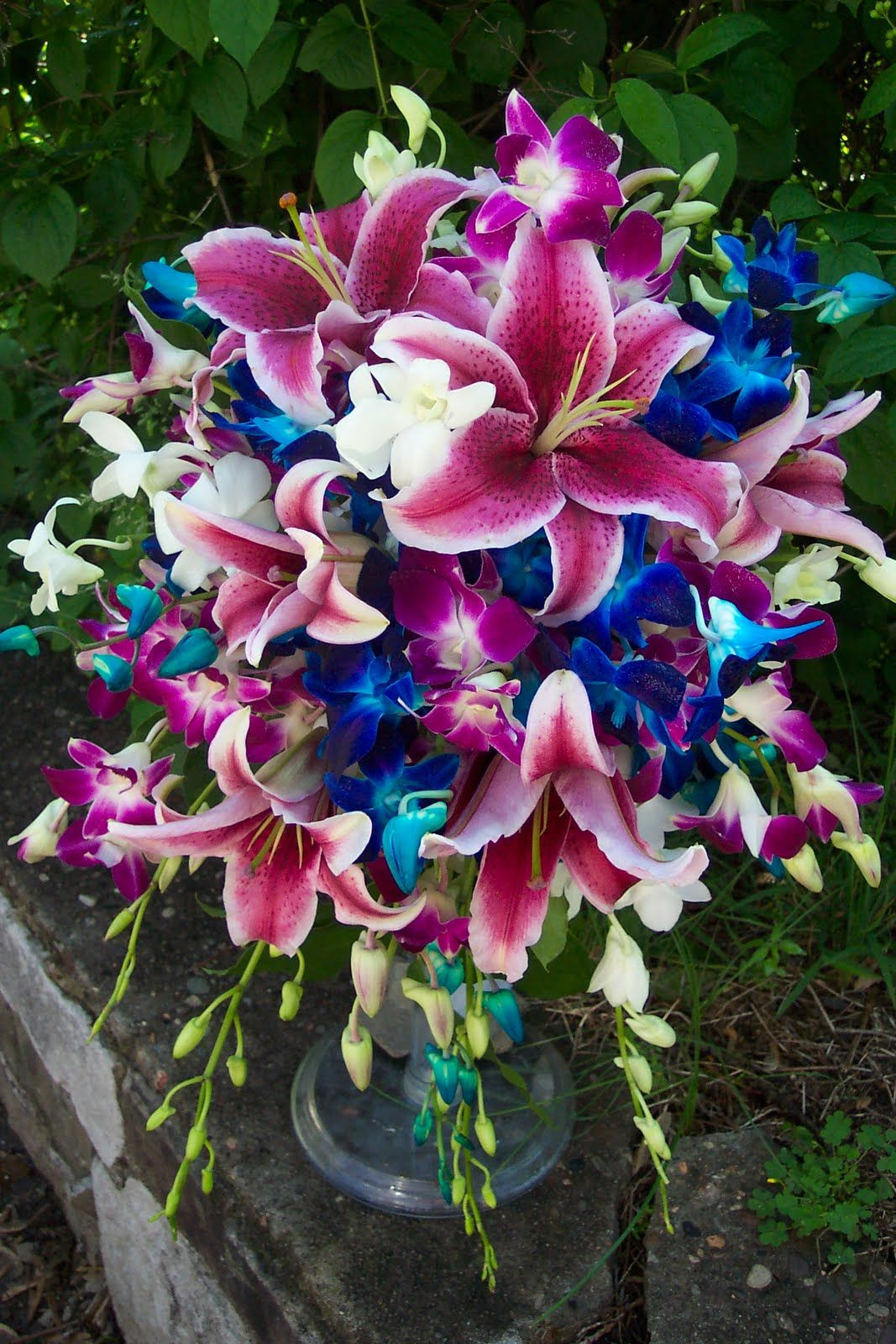 Bright Colored Wedding Bouquets Her Bridesmaids Carried Hand Tied Of White Casablanca Lilies