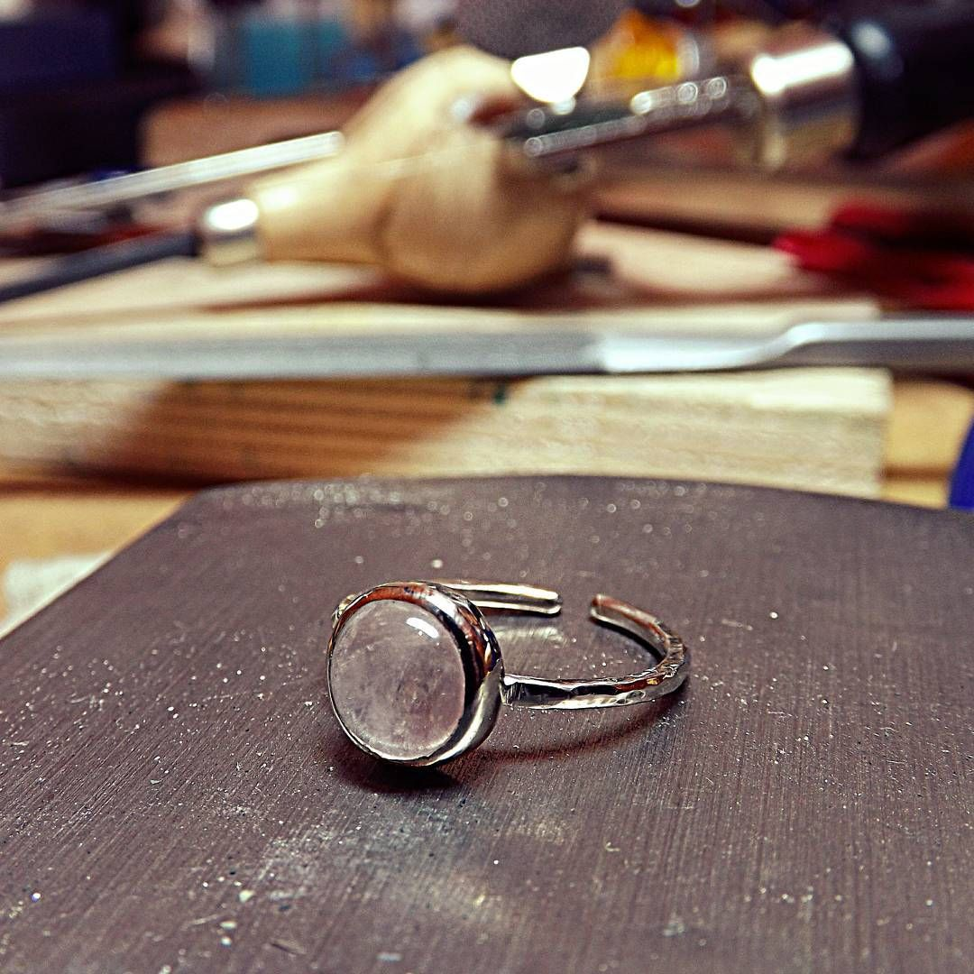 """Pink quartz ring for a good friend of mine!  #κοσμώ #kosmojewellery #jewelry #jewellery #ring…"""