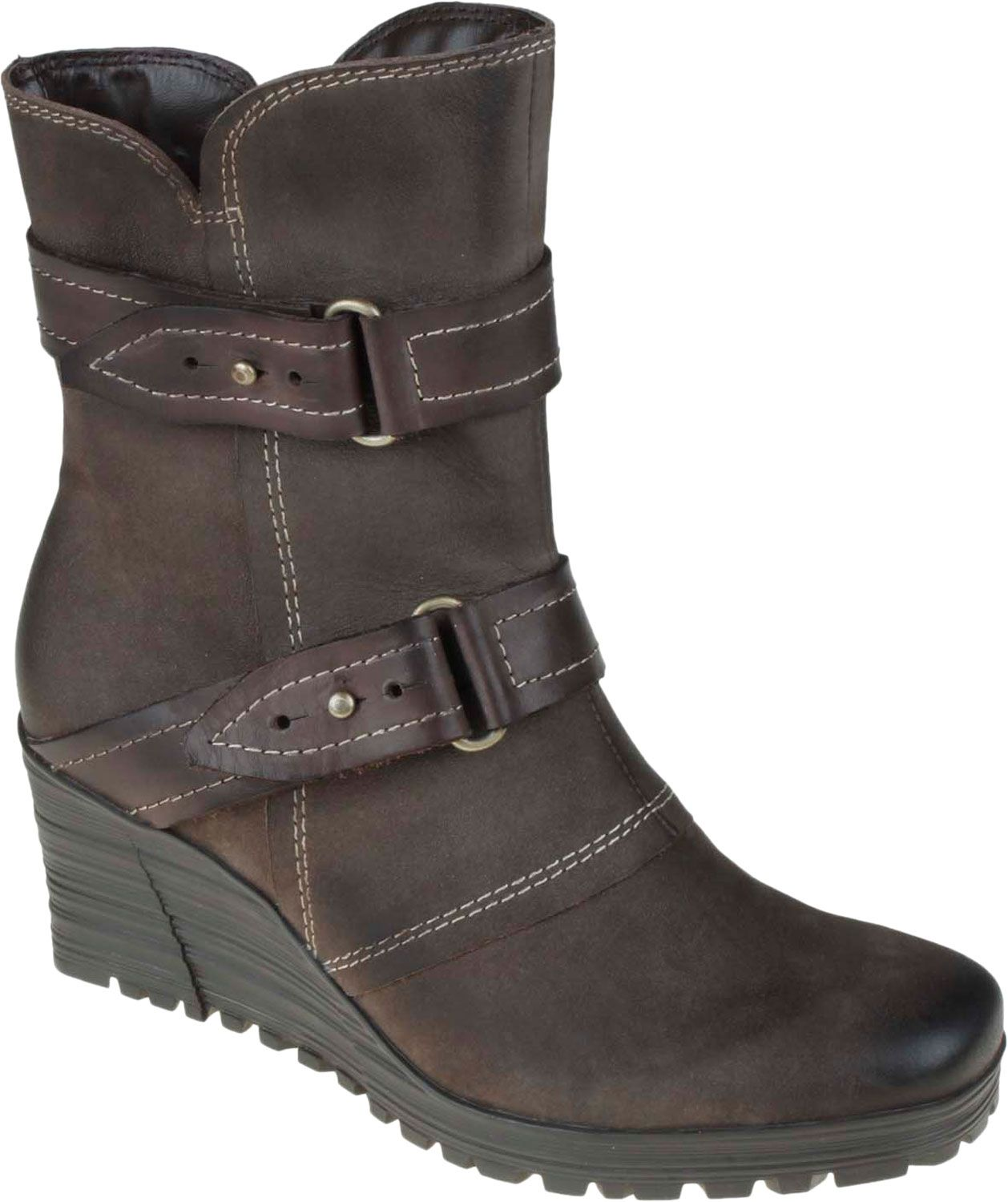 Love these wedge boots!! @EarthFootwear