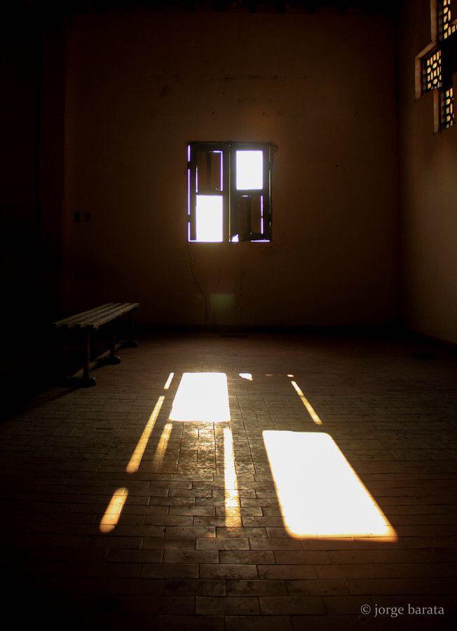 Sun Coming Through The Window Window Shadow Through The Window Light Colors