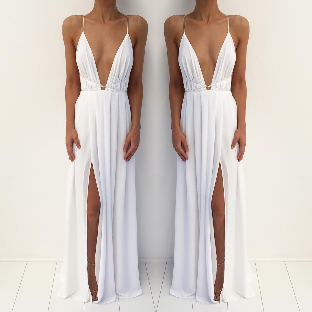 The B L O S S O M Gown is the signature Natalie Rolt Design ...