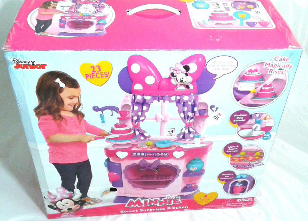 Disney S Minnie Mouse Bow Tique Sweet Surprises Play Kitchen